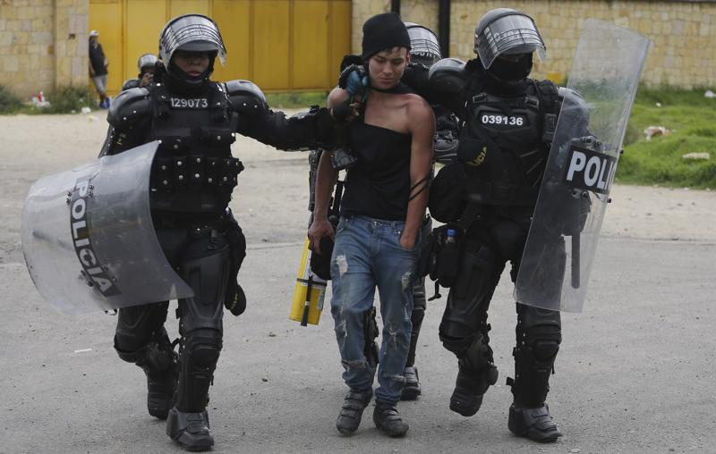 Corruption, economic woes spark deadly protests in Colombia, Harbouchanews