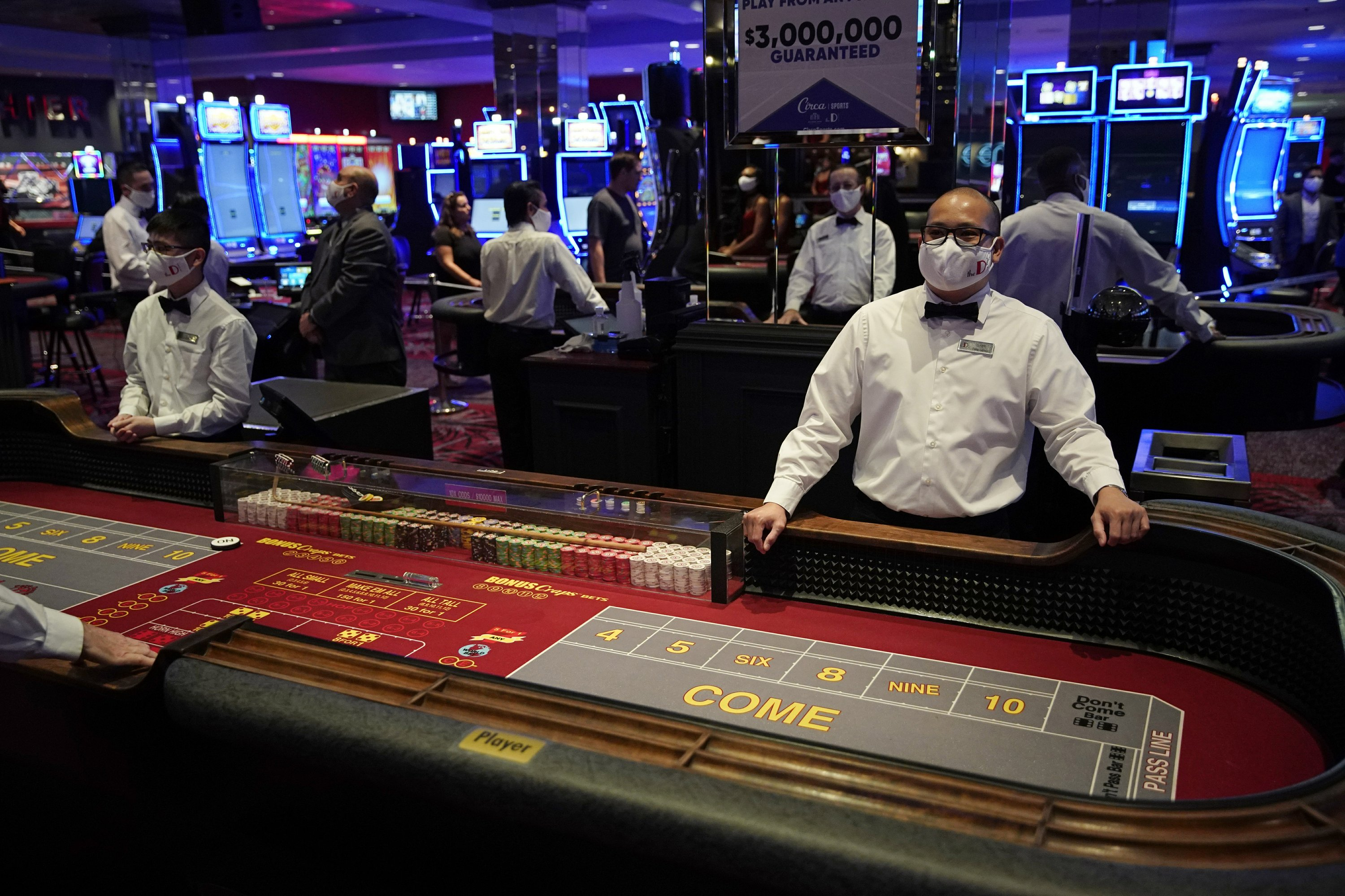 Vegas, baby! Casinos reopen after long coronavirus closure