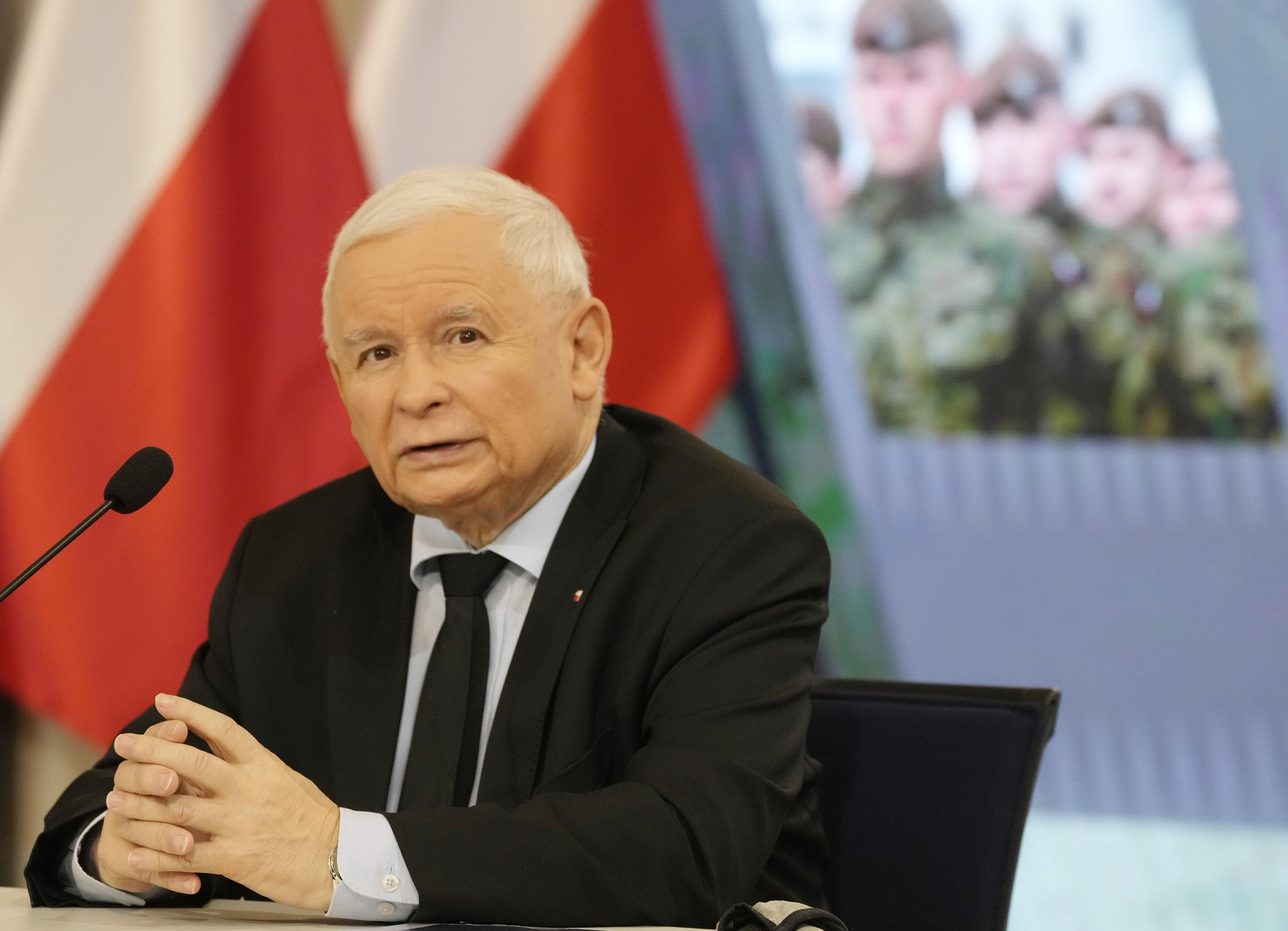 Poland plans 'radical' strengthening of its military