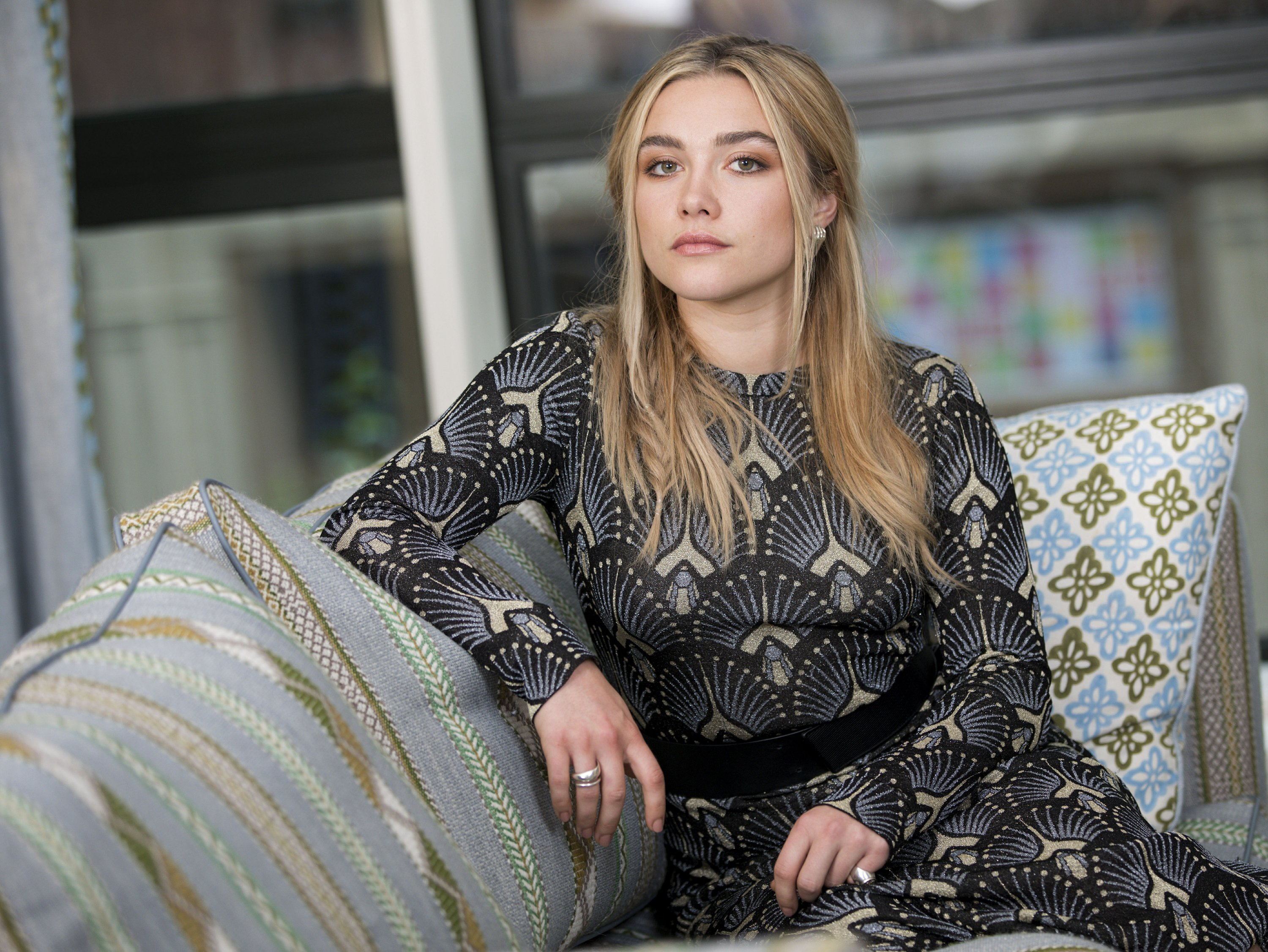 Florence Pugh Top >> Florence Pugh Goes Down A Dark Rabbit Hole In Midsommar