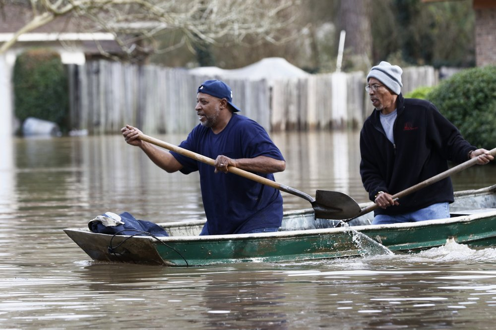Mississippi capital 'precarious' as Pearl River floodwaters rise