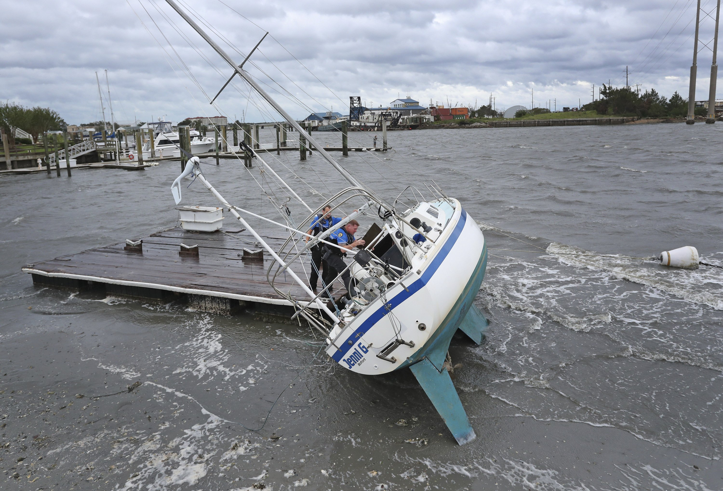 The Latest: Dutch navy ships in Bahamas hurricane aftermath