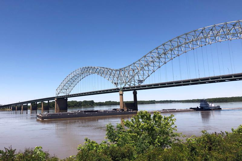 Mississippi River Traffic Reopened Three Days After Crack Was Discovered in I-40 Bridge