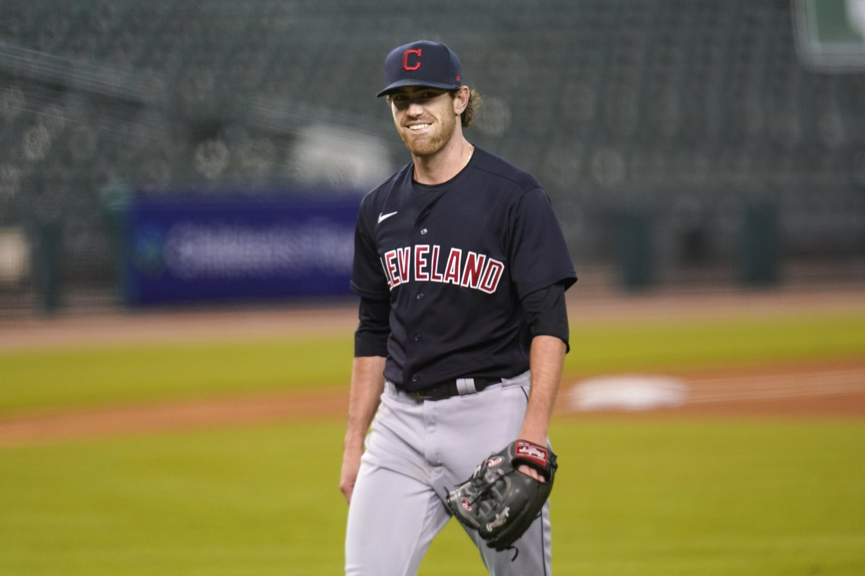 LEADING OFF: Indians' Bieber, Yankees' Cole take the mound