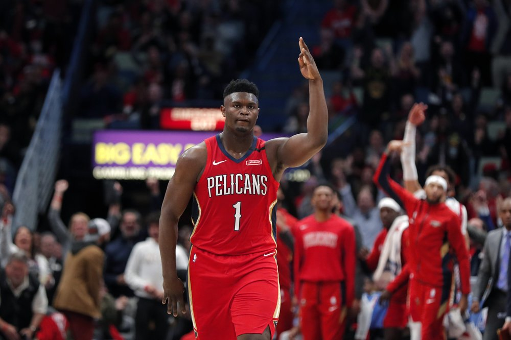 New Orleans Pelicans' rookie big man, Zion Williamson scored 22 points, as he scored 17 of them in the fourth quarter, mostly thanks to his tremendous three-point shooting against the Spurs.  (Photo: Gerald Herbert/The Associated Press.)