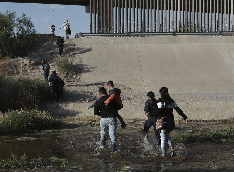 El Salvador recibirá a solicitantes de asilo detenidos en frontera México-EEUU