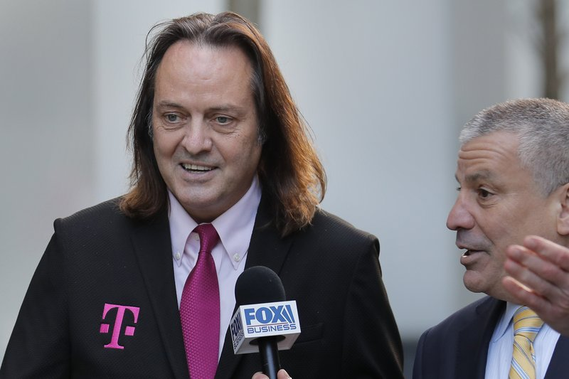 Judge clears major hurdle in T-Mobile's .5B Sprint bid