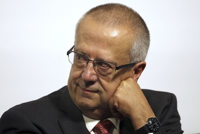 474e314e43 Mexico's treasury secretary resigns, cites interference