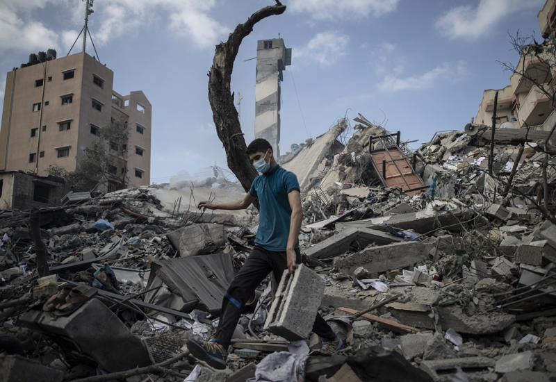 Palestinians go on strike as Israel, Hamas trade fire,harbouchanews