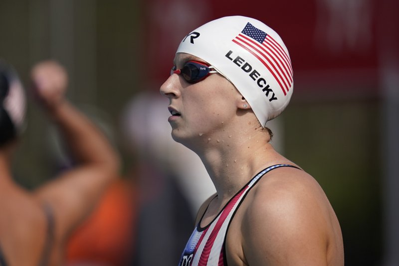 Katie Ledecky dominates 1,500 freestyle at Pro Swim Series California meet