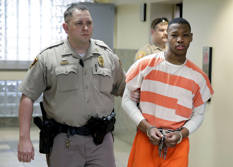 taped friends rape sentenced - HD3000×2150