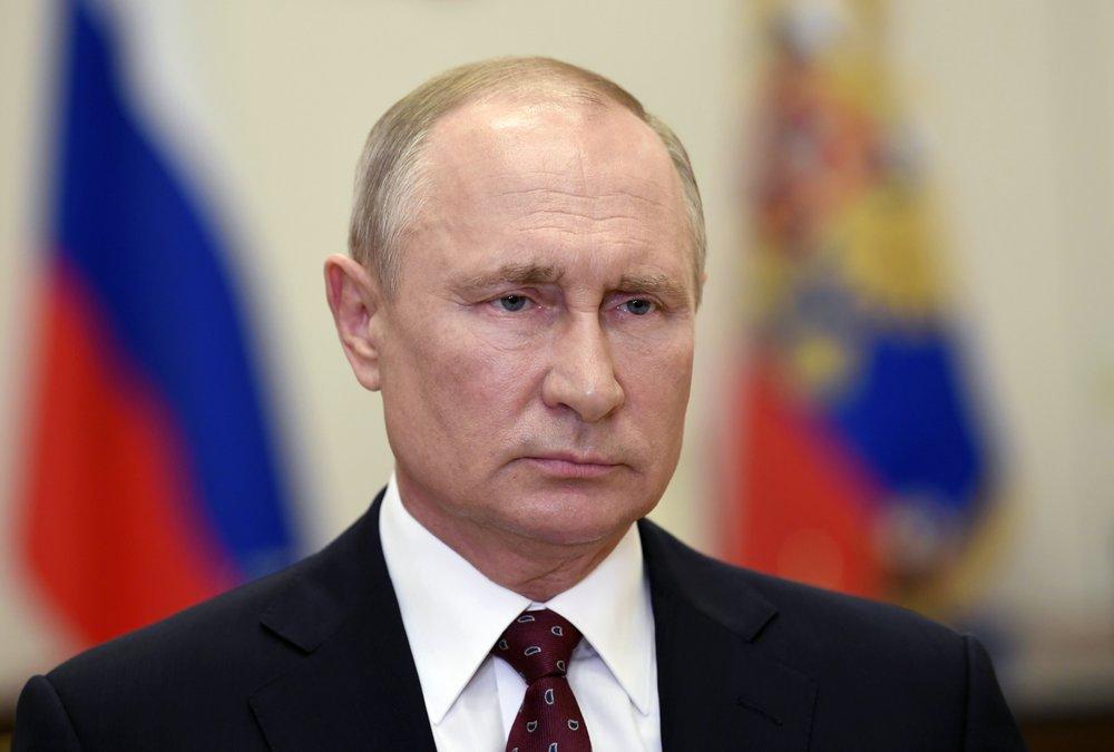 President Vladimir Putin lifts Russia's partial economic shutdown