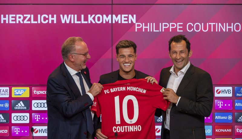 uk availability f37ab 7f660 Coutinho gets Bayern's No. 10 after Robben gives go-ahead