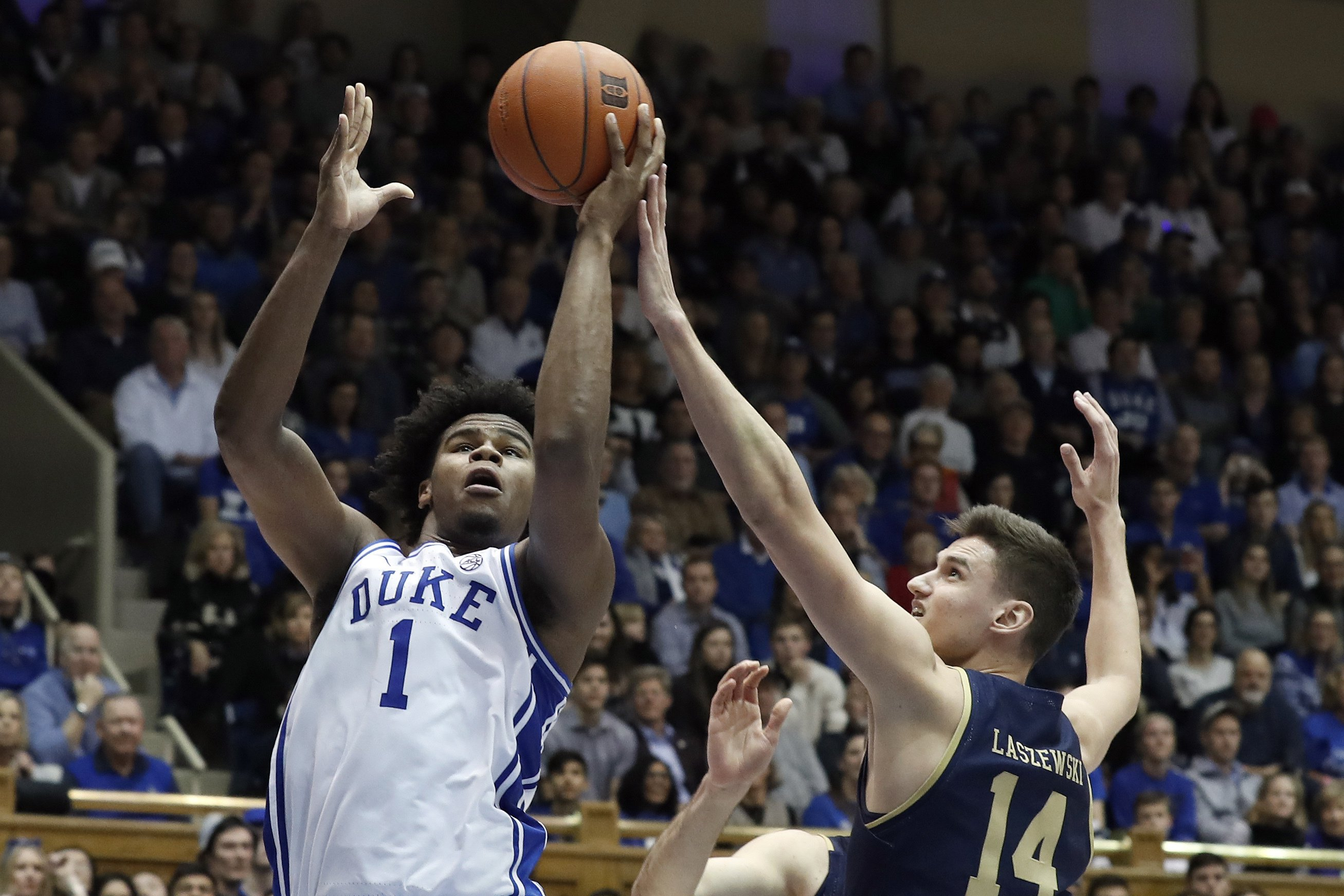 No. 7 Duke downs Notre Dame 94-60 behind 21 points by Carey