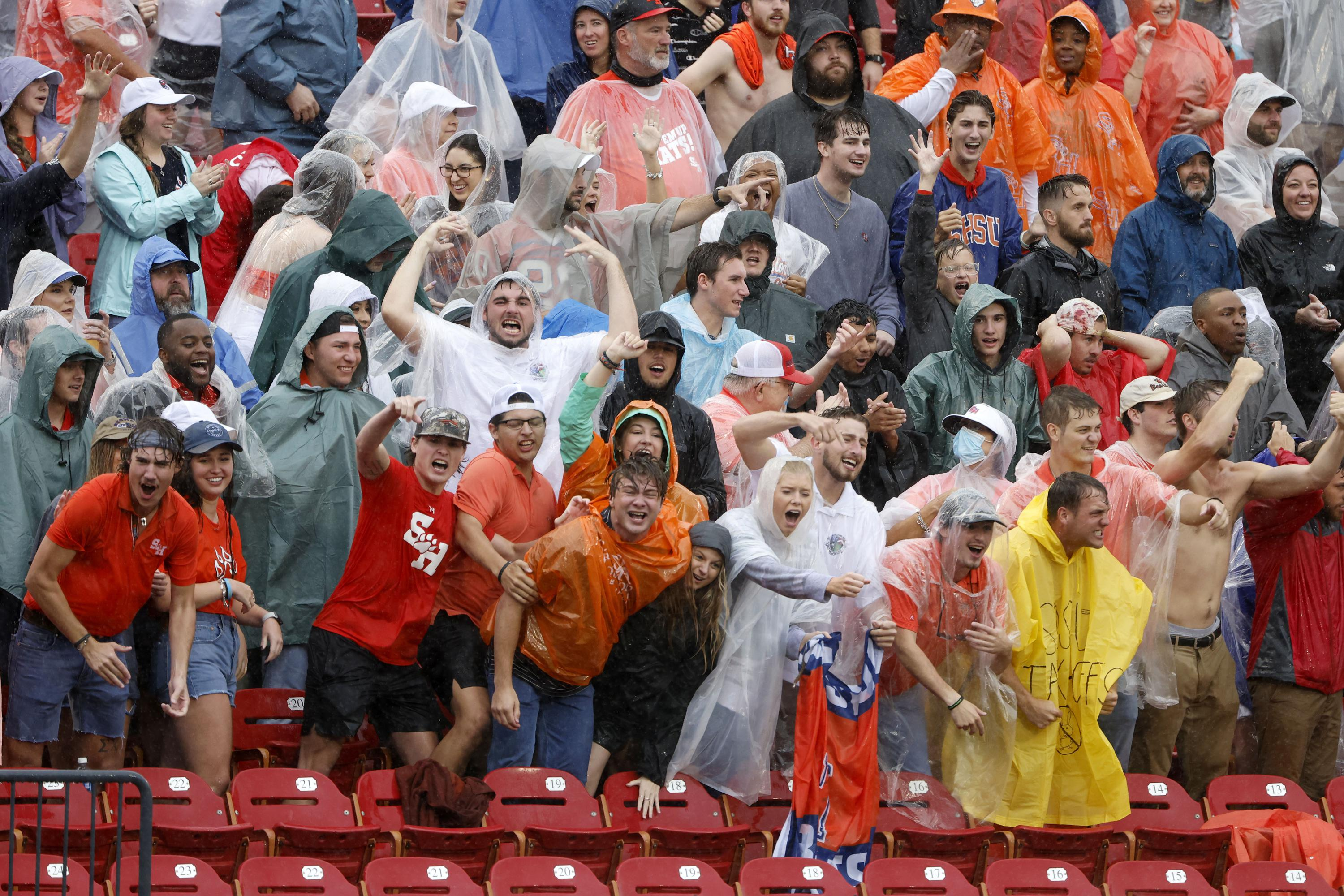 FCS title game resumes after 75-minute lightning delay
