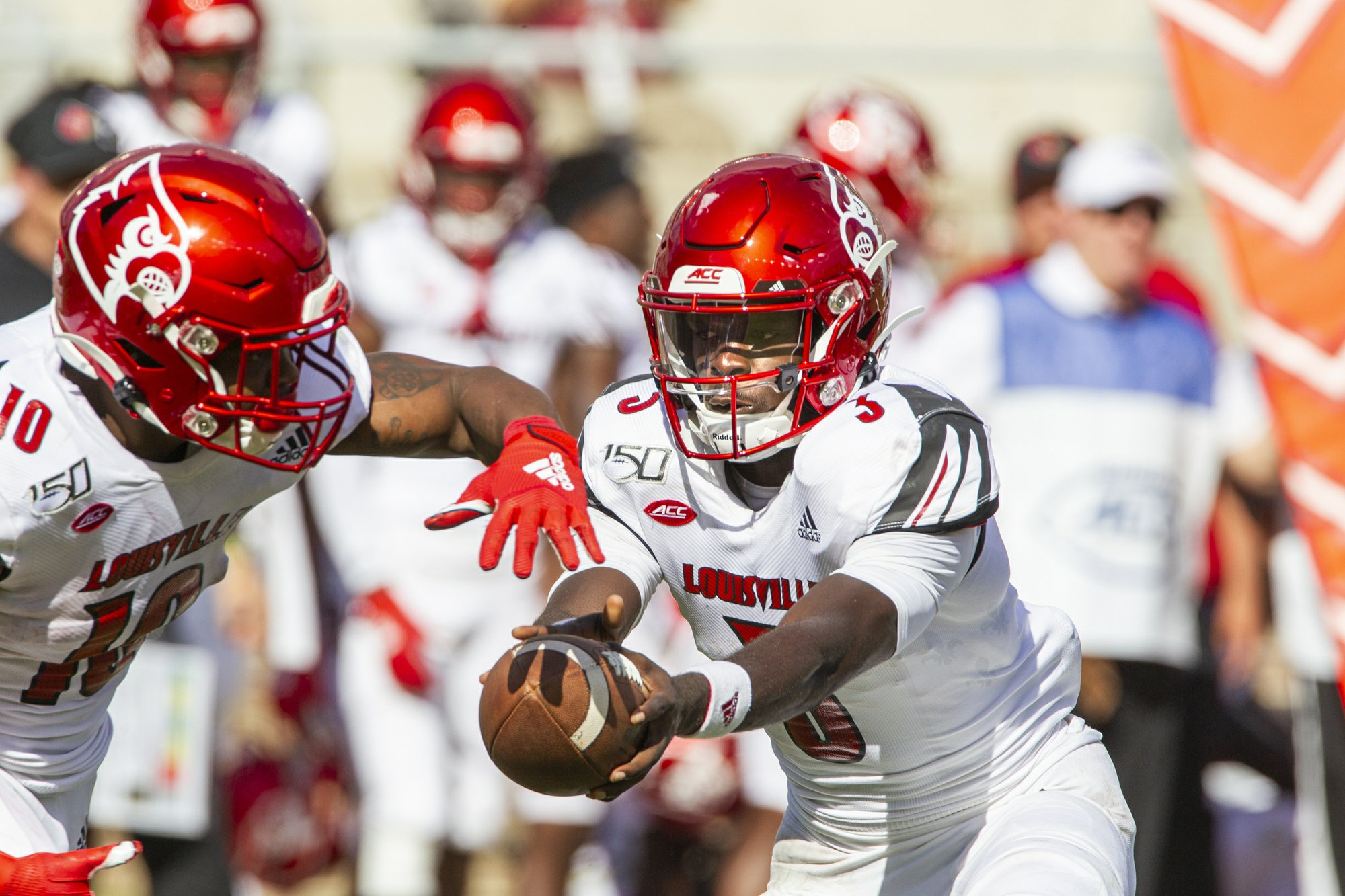 Louisville using bye to plug holes, finish games stronger
