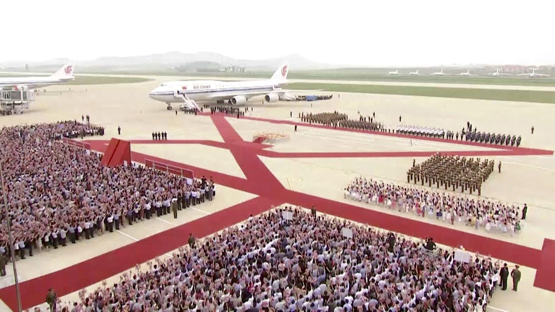 China's Xi Jinping holds talks with Kim Jong Un in N. Korea