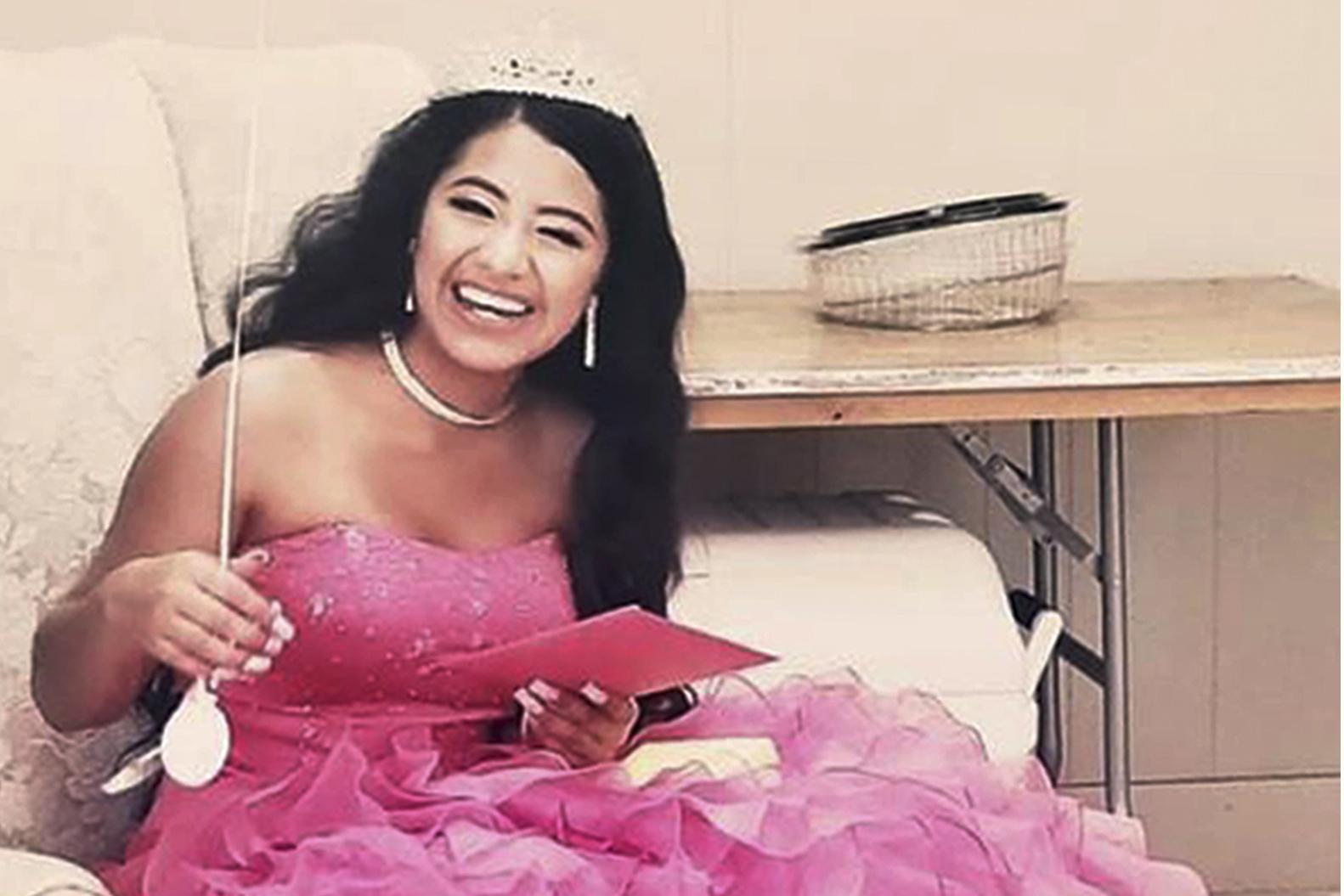 Miami women surprise homeless teen with magical quinceanera