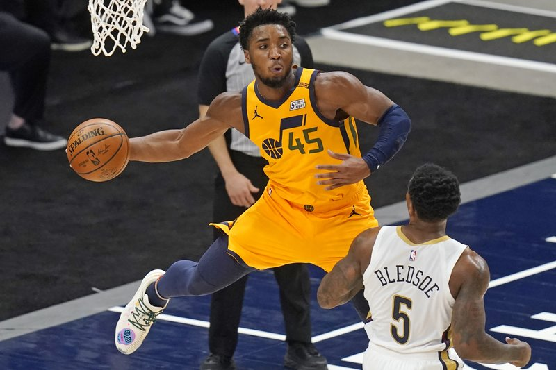 Utah Lawmakers Defend Jazz Star Mitchell In Feud With Shaq