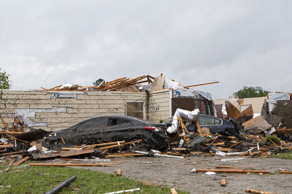 Strong storms pound the Deep South on Resurrection Sunday, killing at least six people in south Mississippi and damaging up to 300 homes