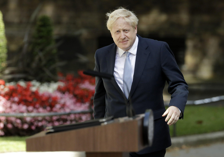 Boris Johnson tells Cabinet it's full steam ahead for Brexit