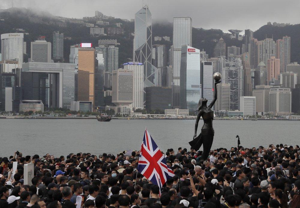 Hong Kong we no longer know; thousands flee Hong Kong for UK, fearing China crackdown
