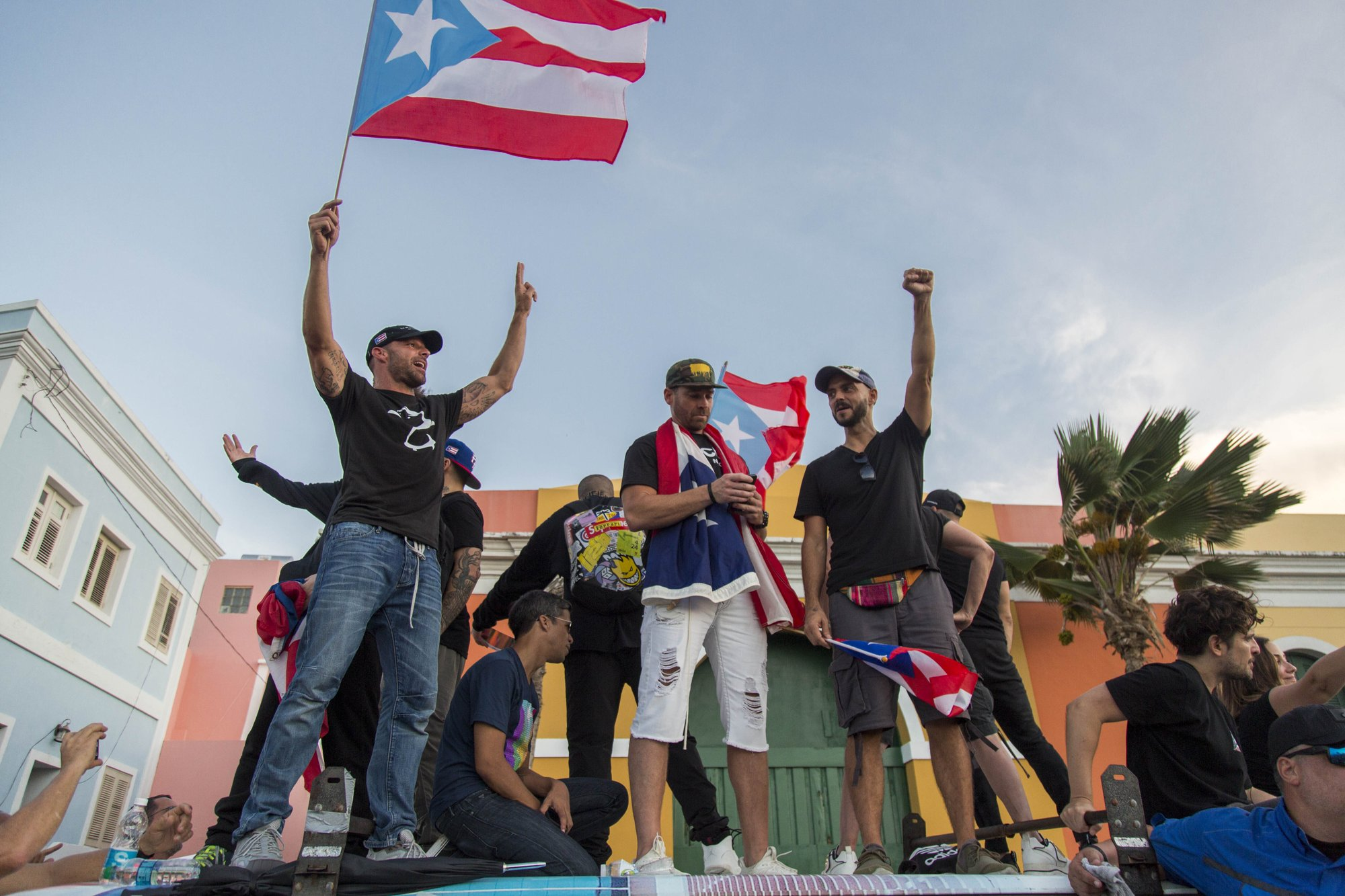 Fed-up Puerto Ricans march demanding governor resign