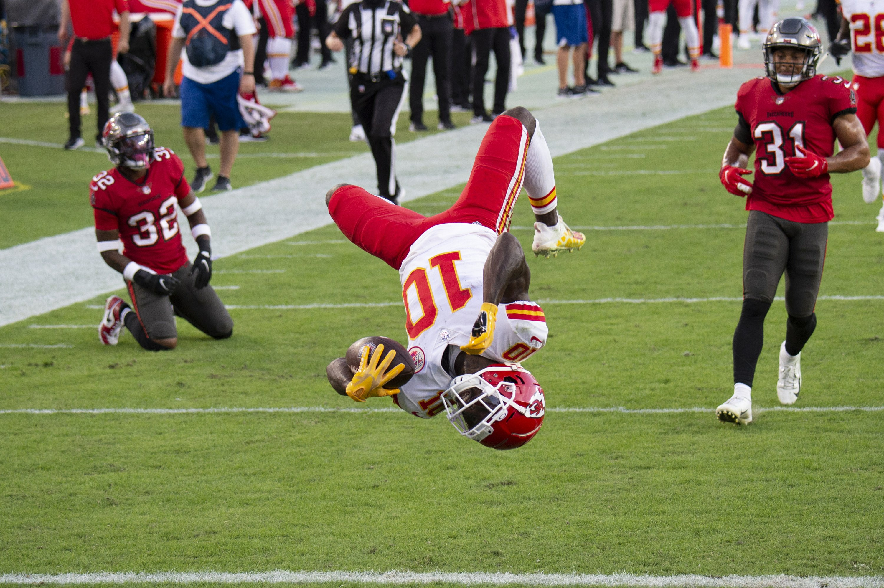Super rematch: Hill burned Bucs repeatedly in 1st meeting