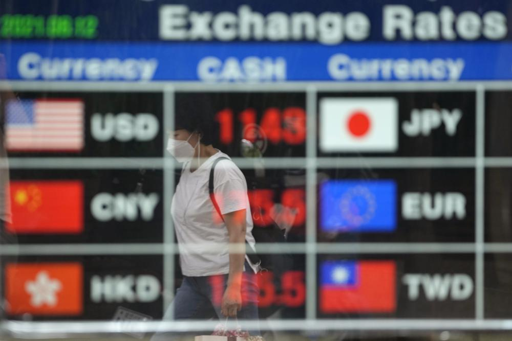 Global shares mixed as caution sets in on coronavirus worry