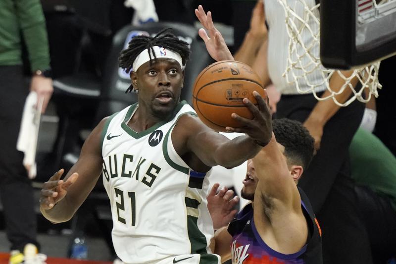 Bucks' Antetokounmpo has been dominant, now he needs help