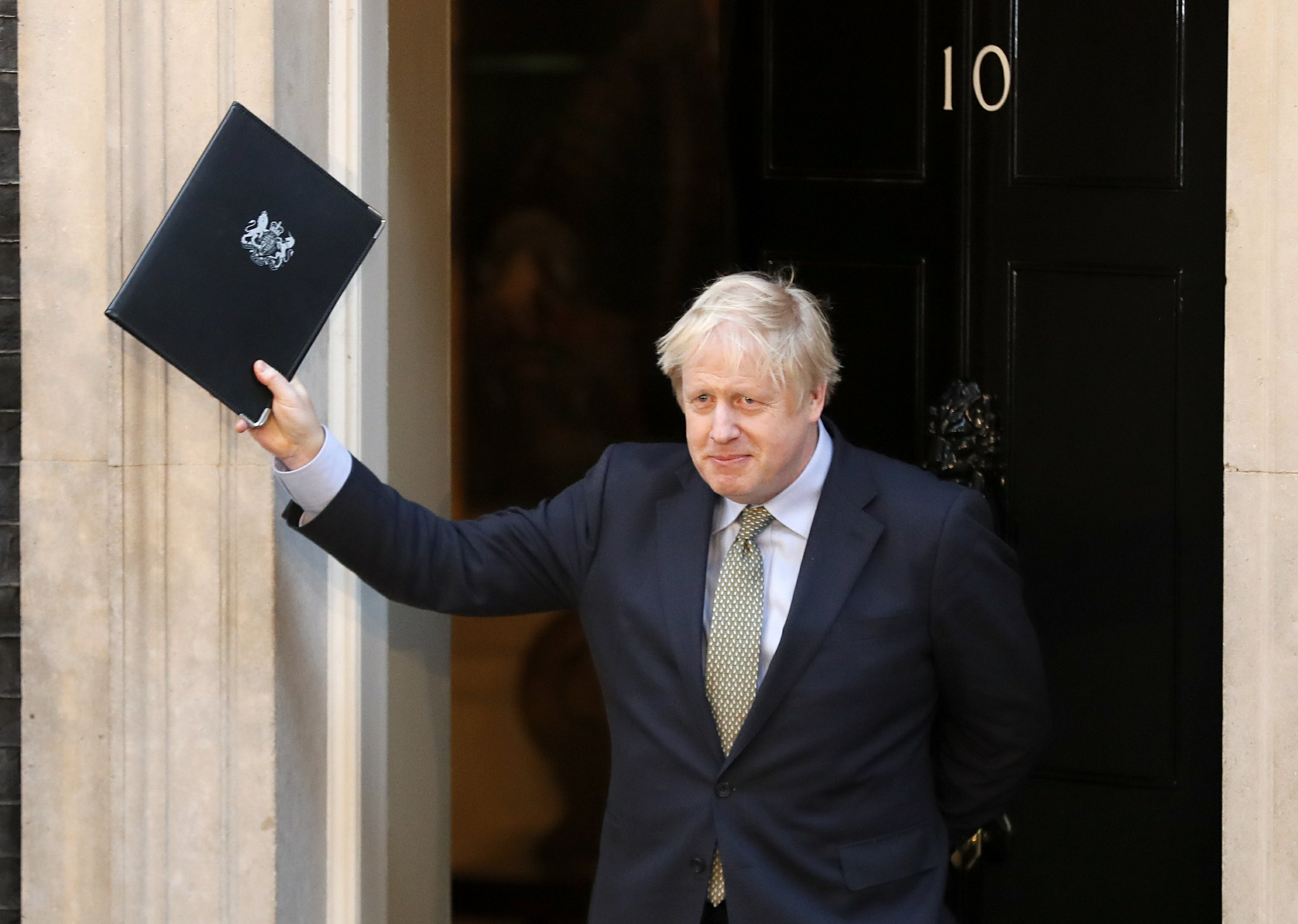 Johnson claims Brexit mandate with new conservative majority