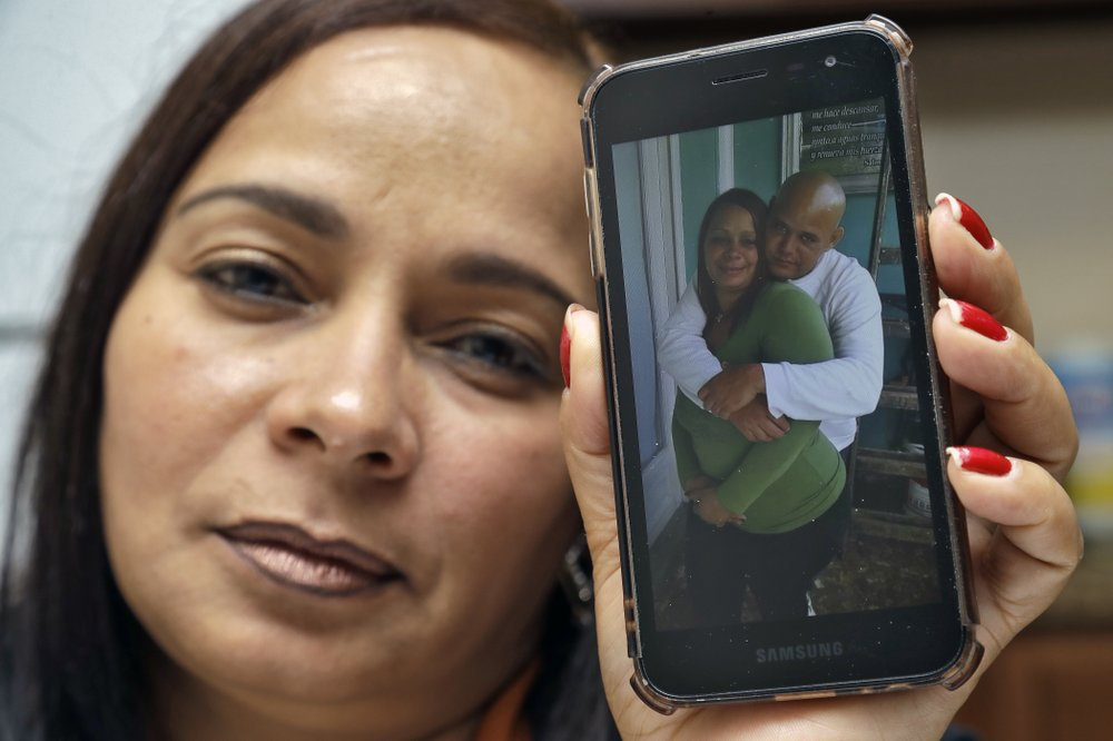 Asylum seeker Roylan Hernandez Diaz, denied his request for release from immigration detention commits suicide