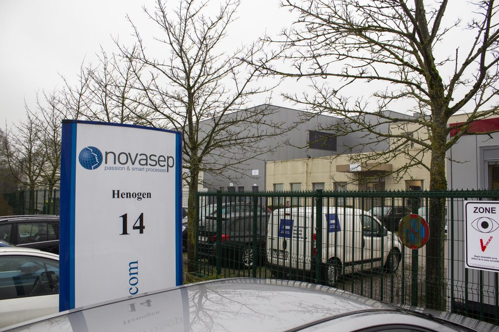 EU searches for legal ways to deliver COVID-19 vaccine amid AstraZeneca vaccine dispute