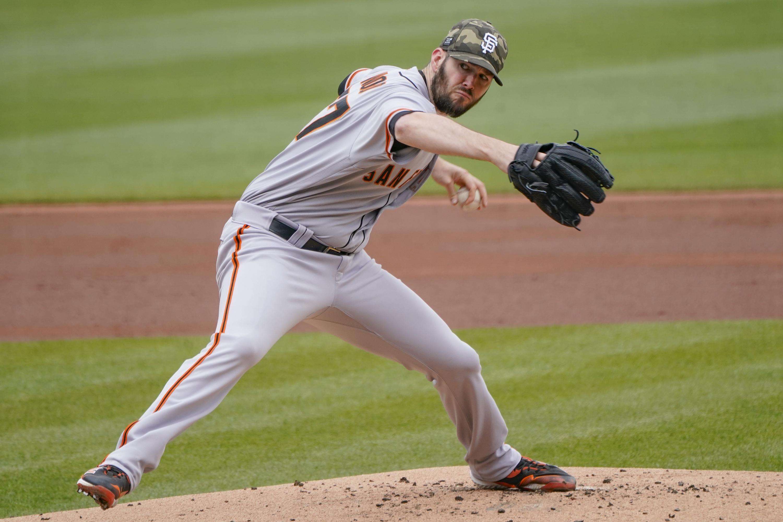 Wood improves to 5-0, Yastrzemski HR as Giants beat Pirates