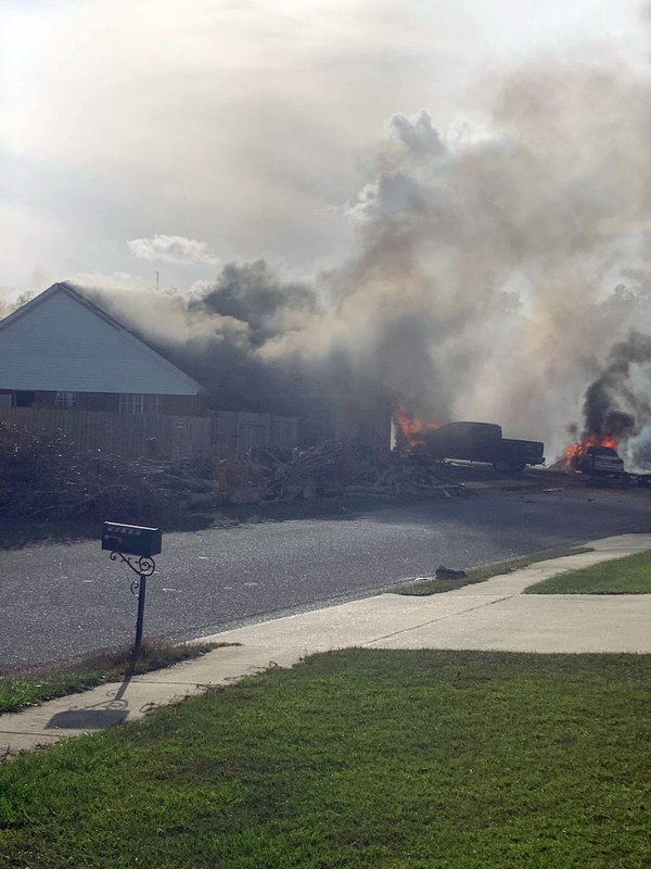 US Navy: 2 onboard training plane killed in Alabama crash