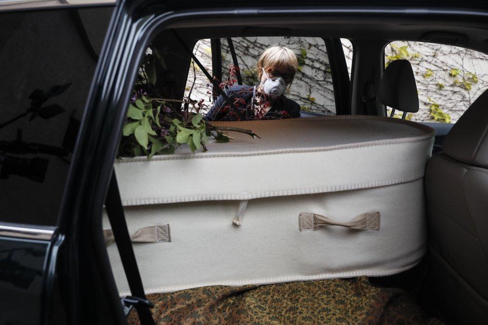 Who is thy neighbor? A Brooklyn neighborhood comes together to bury a stranger
