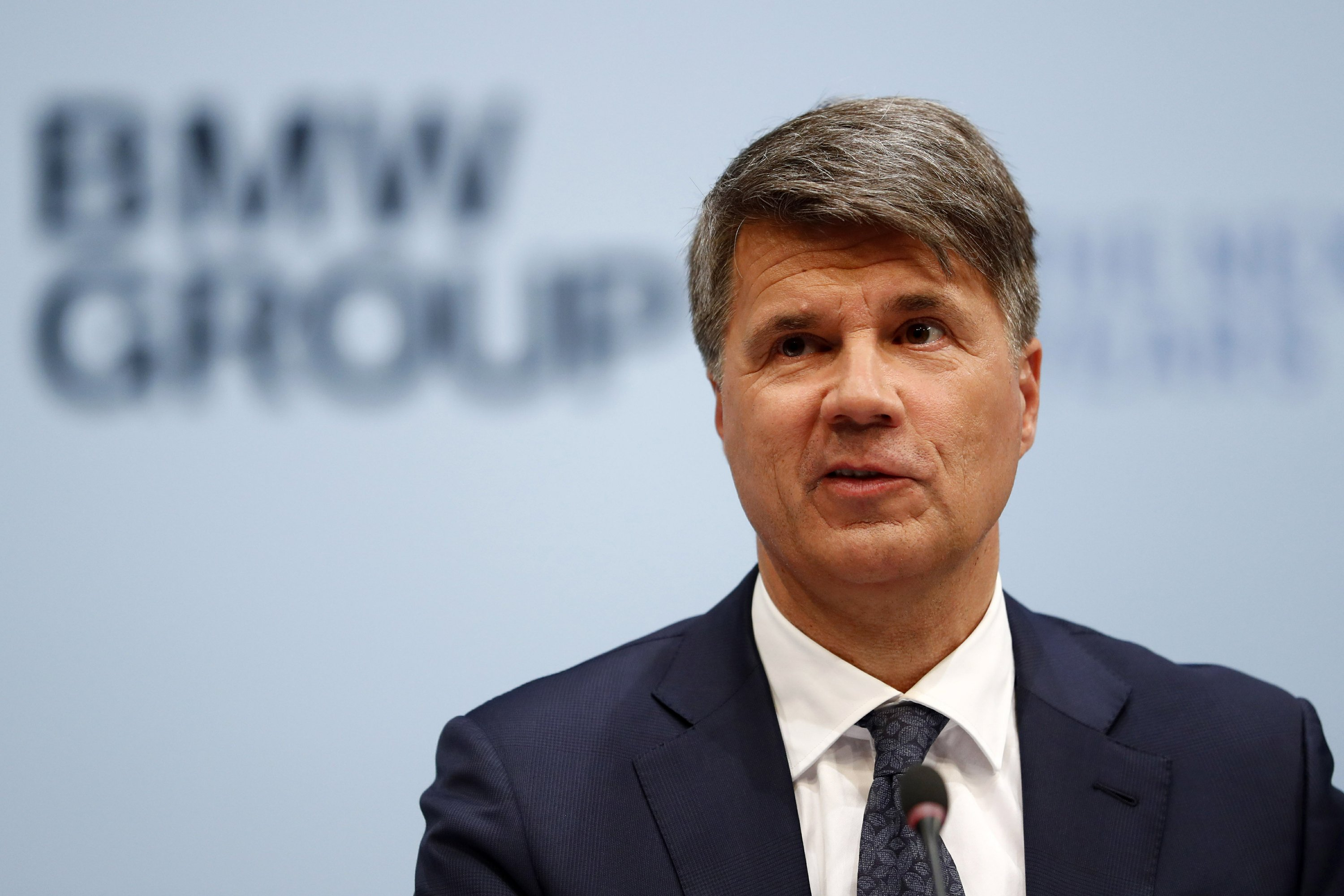 Bmw Ceo To Quit After Carmaker Loses Early Lead In Electrics