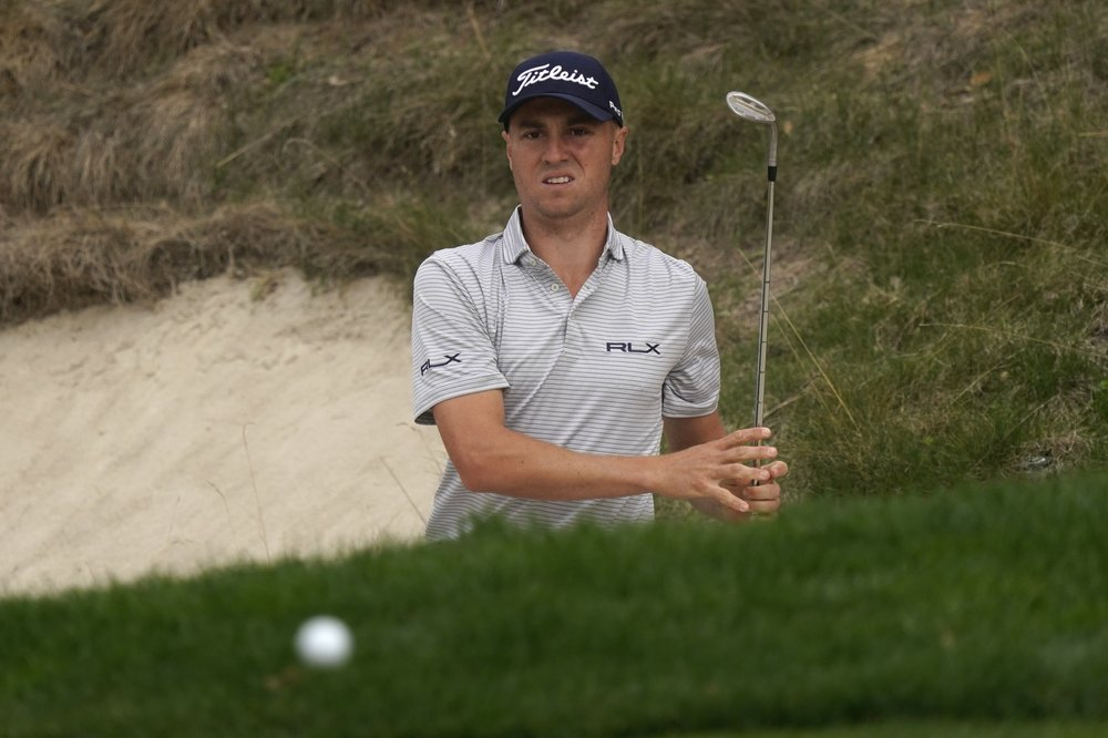 Justin Thomas has a fast start for a 65 and a 1-shot lead at Zozo
