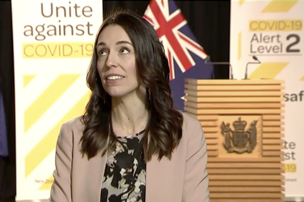 """Have no fear: New Zealand Prime Minister Jacinda Ardern carries on with TV interview during """"a decent shake"""""""