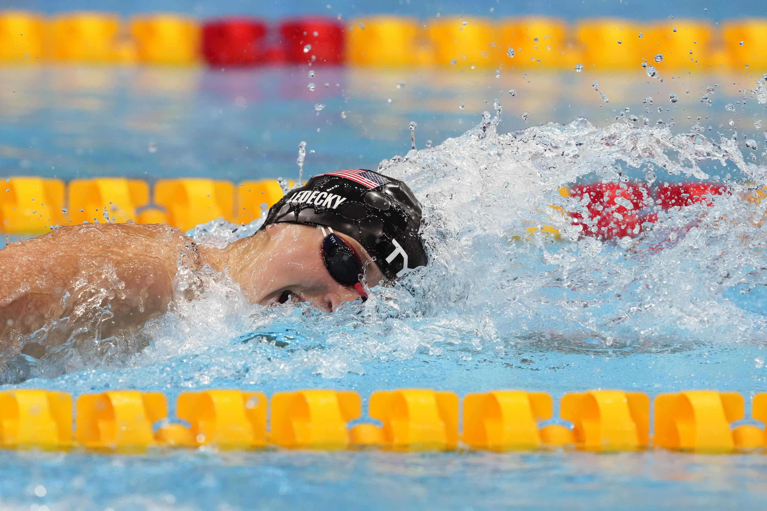 Olympics Latest: Ledecky denied gold in 400m freestyle