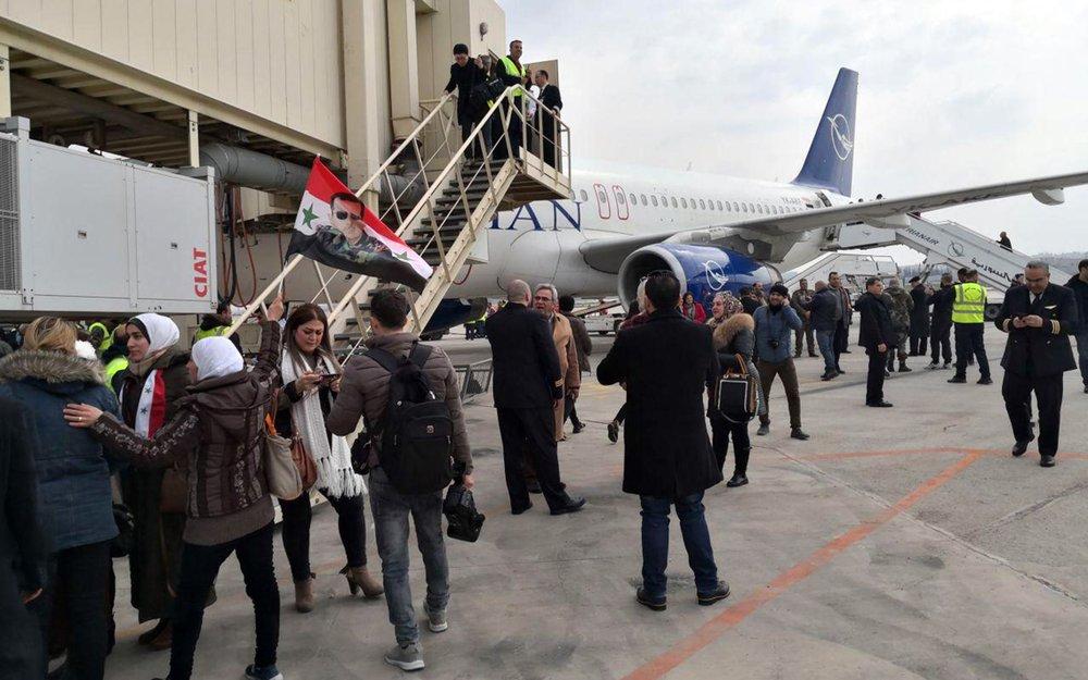 Symbolic Aleppo flight comes as civilians suffer in Syria