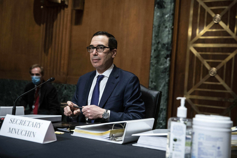 Trump, Congress avert shutdown, buy time for COVID-19 talks