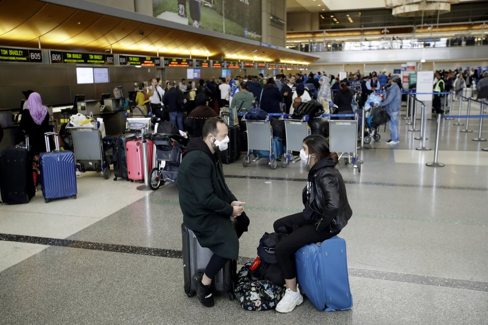 Cheap fares luring travelers to fly despite pandemic