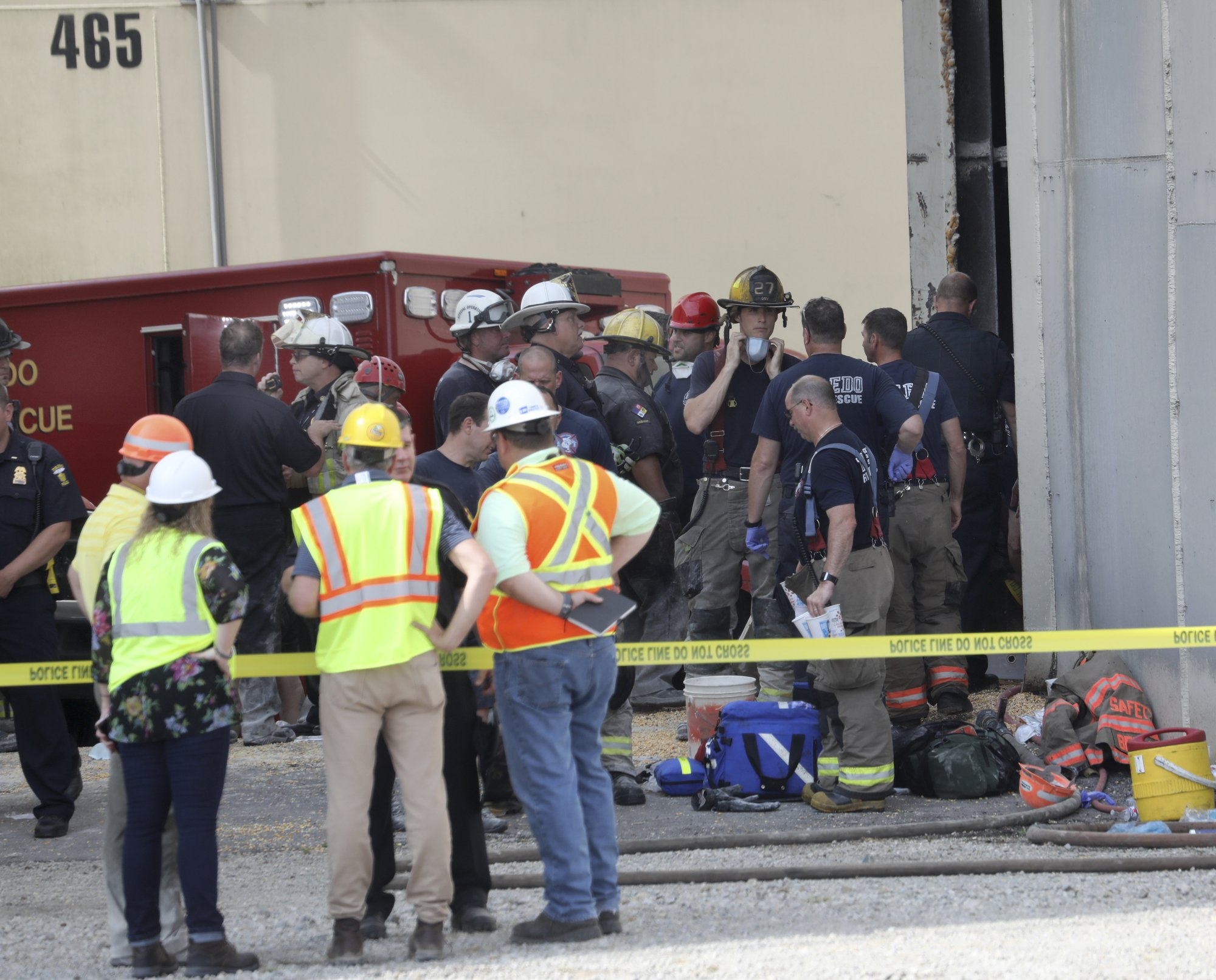 2 workers die after being trapped in grain silo