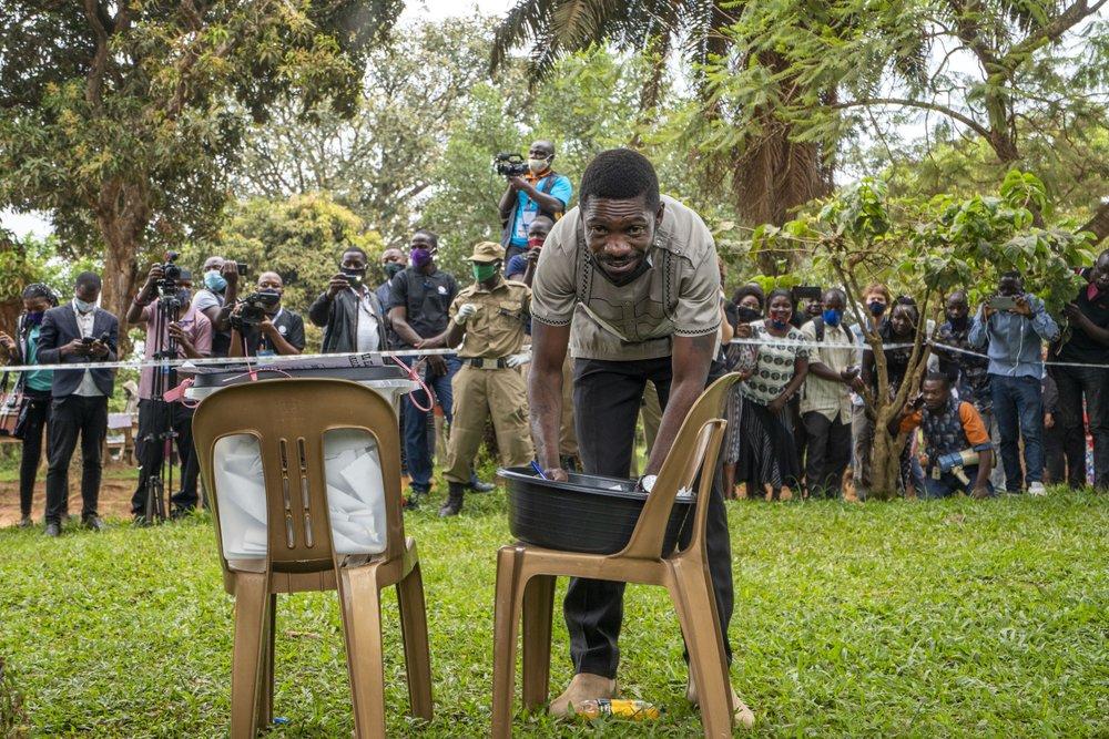 Judge orders Uganda's presidential challenger Bobi Wine freed from house arrest