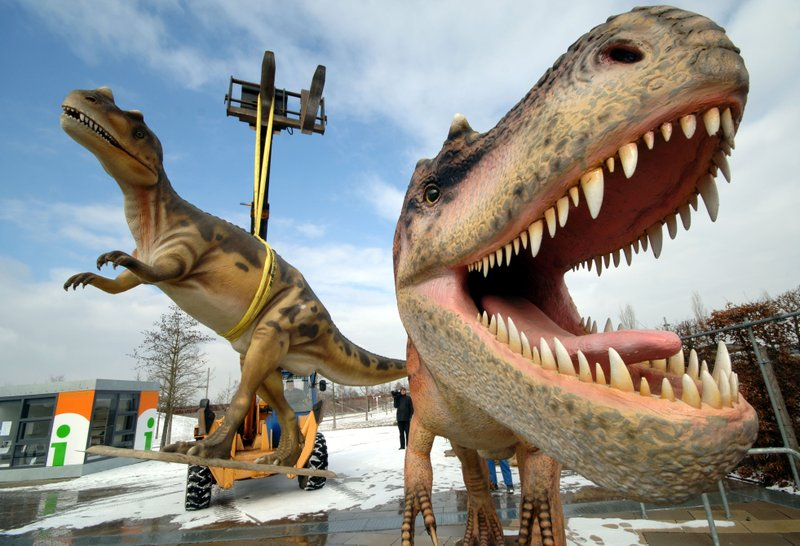 Study shows 2.5 billion Tyrannosaurus rex roamed earth, but not all at once