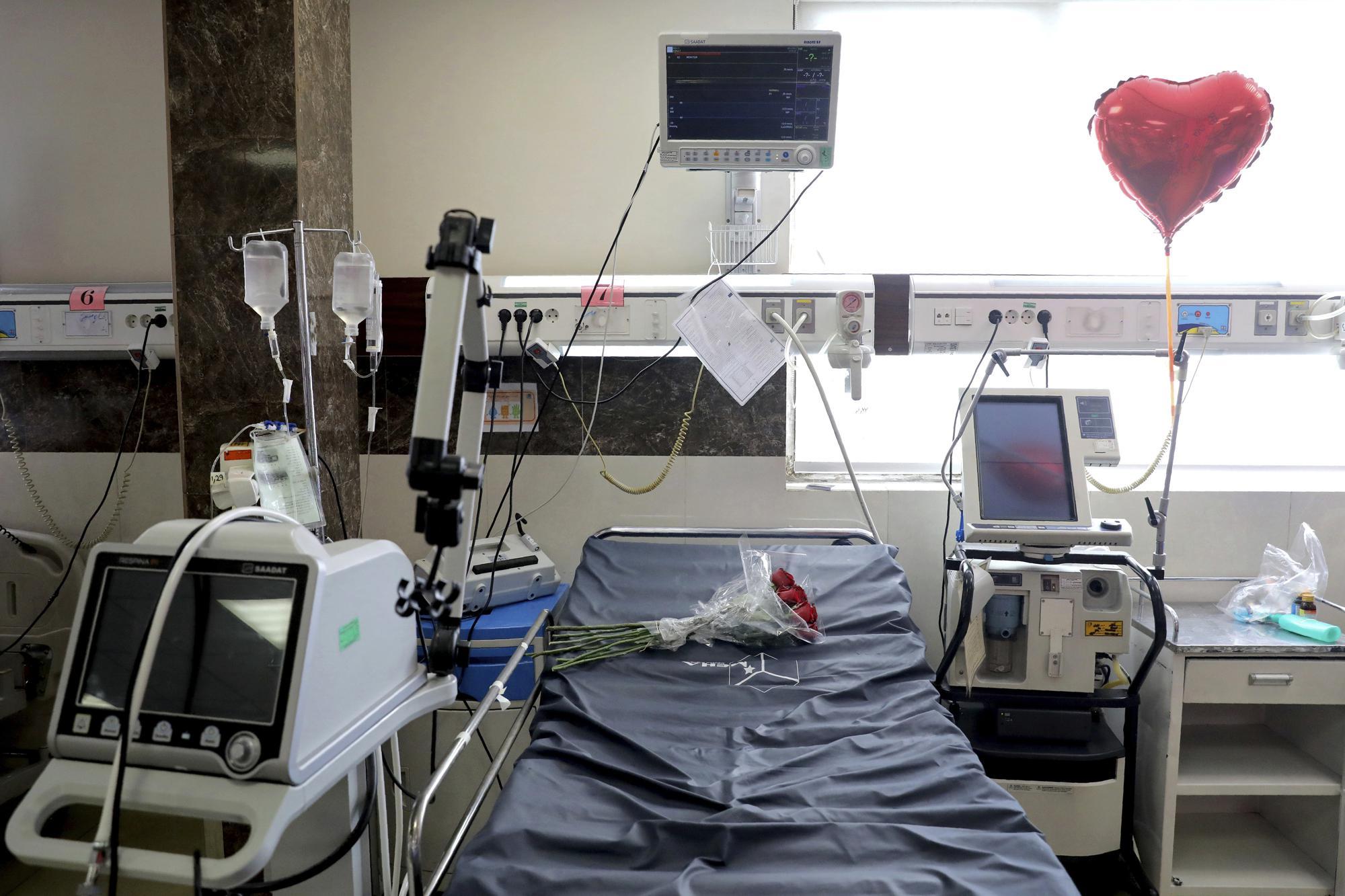 Иран столкнулся с самой высокой волной коронавируса