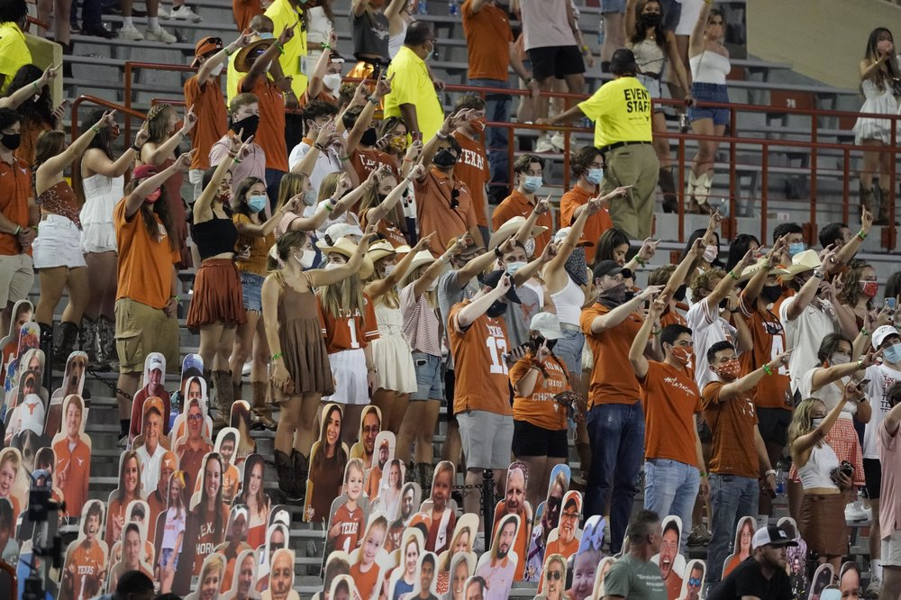 """Report concludes University of Texas' school song """"The Eyes of Texas"""" has """"no racist intent"""""""