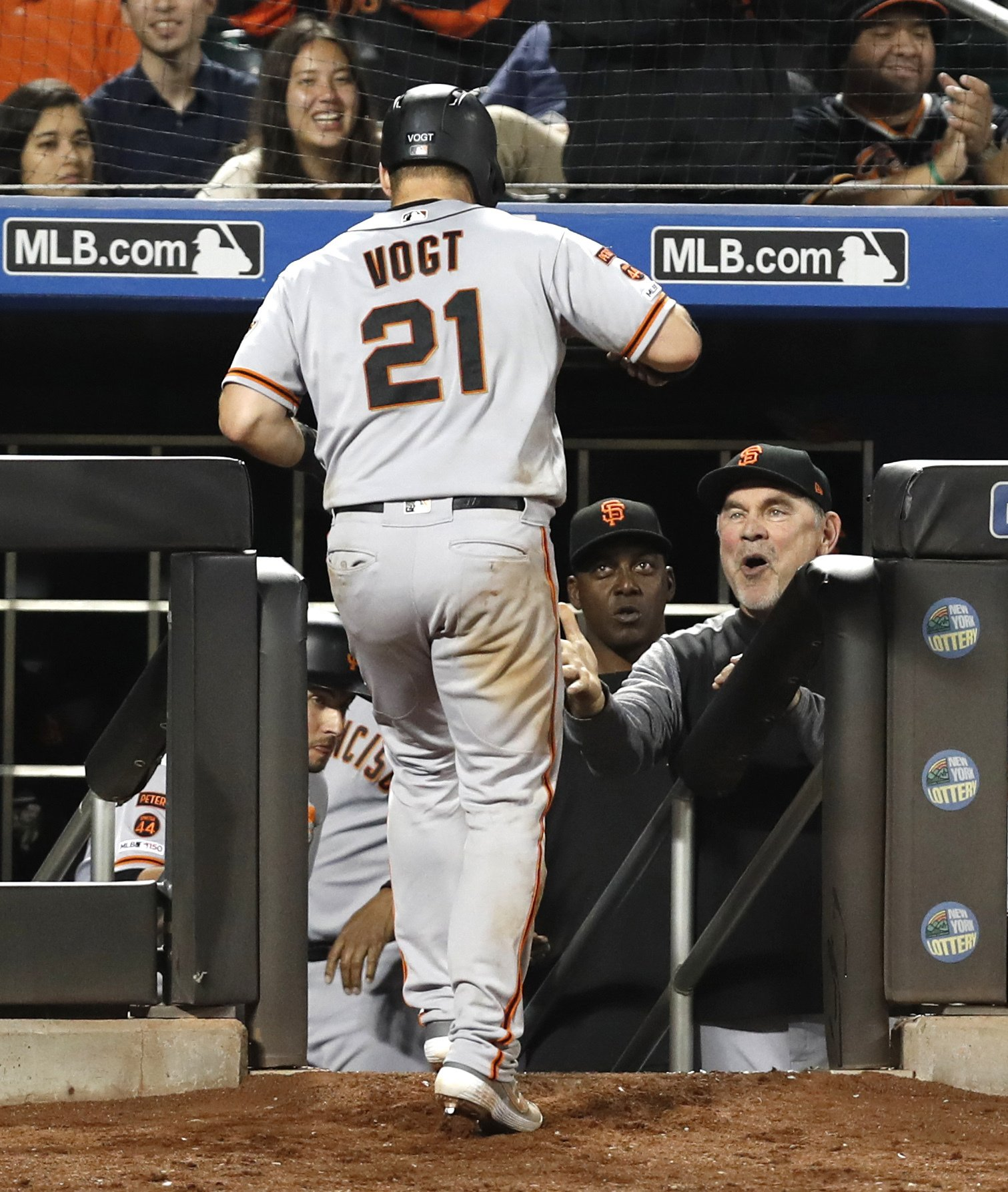 Bochy gets 1,000th win with Giants, Callaway apologizes