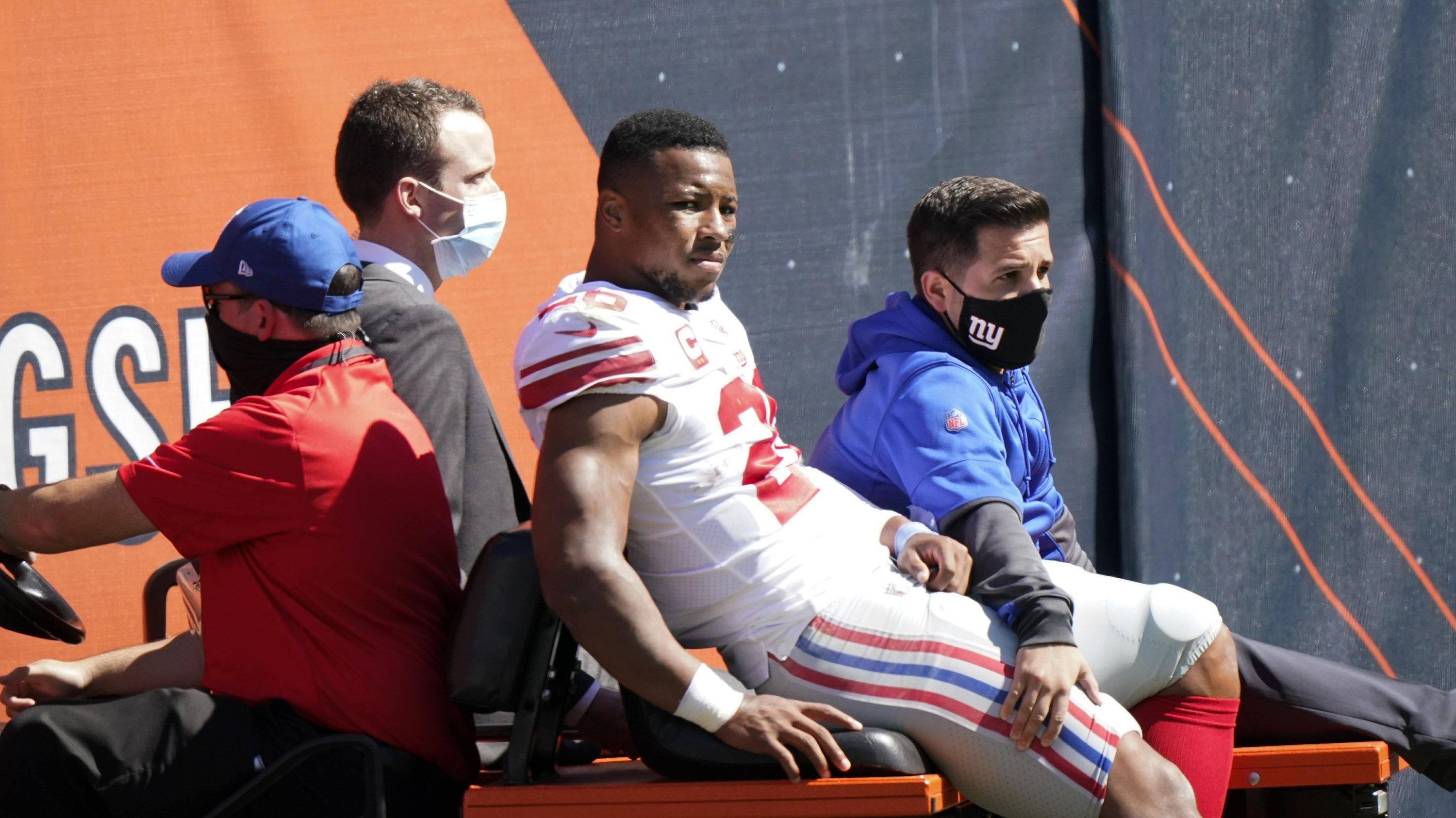 Barkley, 49ers hit with potentially season-ending injuries